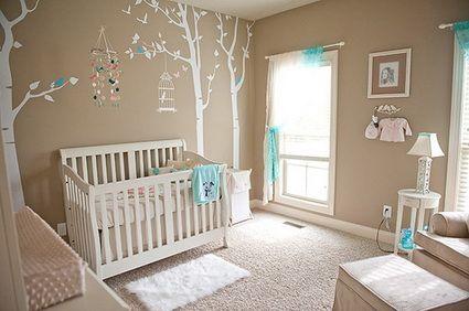 Habitación de bebé en tonos beiges