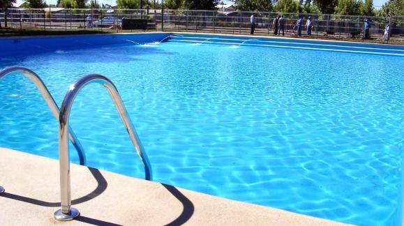 Claves para pintar una piscina